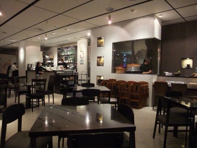 確かに店内はcafe的な空間