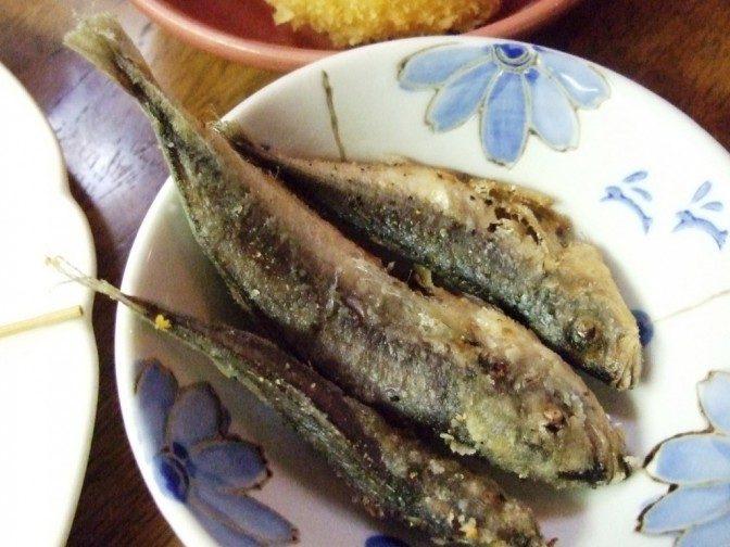 豆あじの唐揚げ(1匹30円)