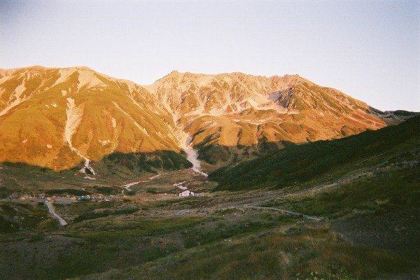 暮れゆく立山