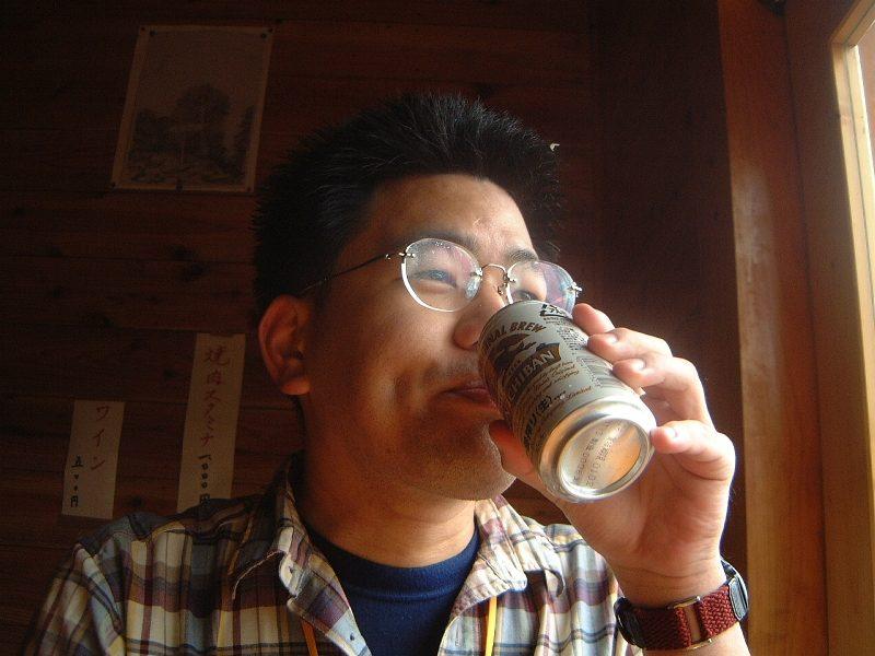 まずはビールを飲んじゃう