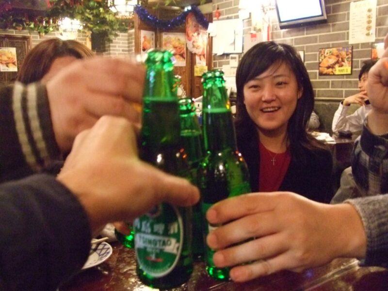 青島ビールで乾杯