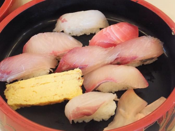 朝とれ850寿司
