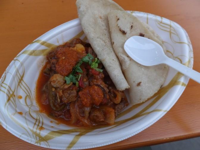 牛フィレ肉と野菜のチレ煮込みSサイズ