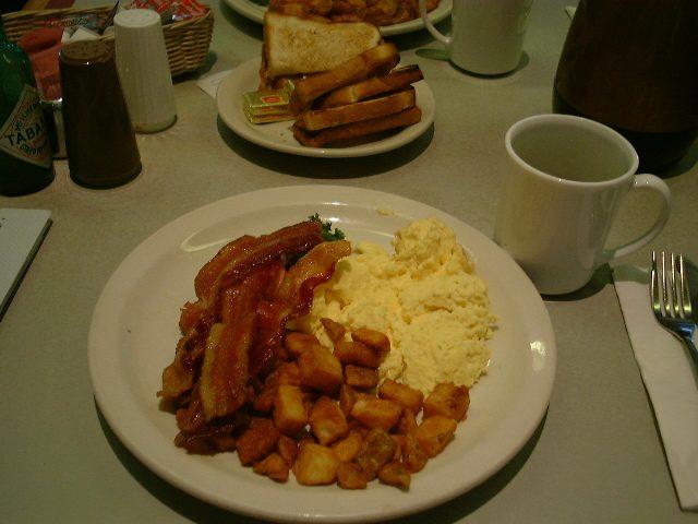 マッカランでの朝食