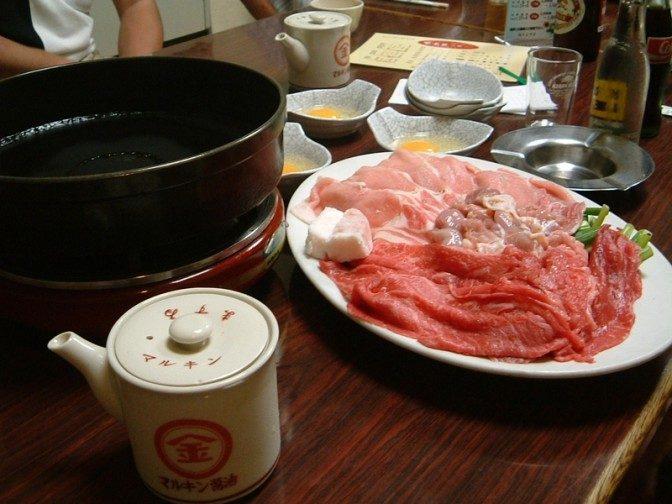 3種の肉盛り合わせな寿き焼き