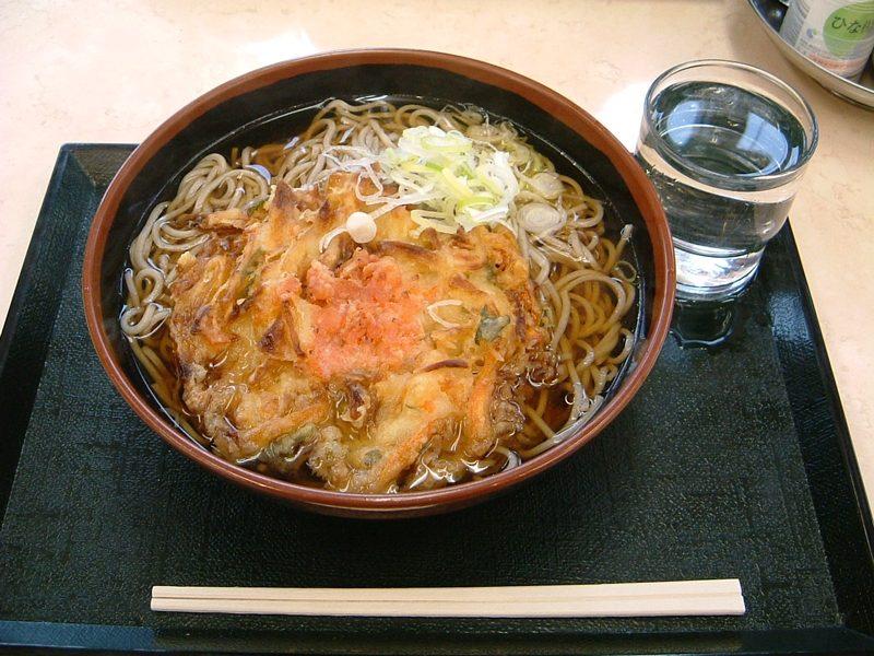 三芳PAの蕎麦