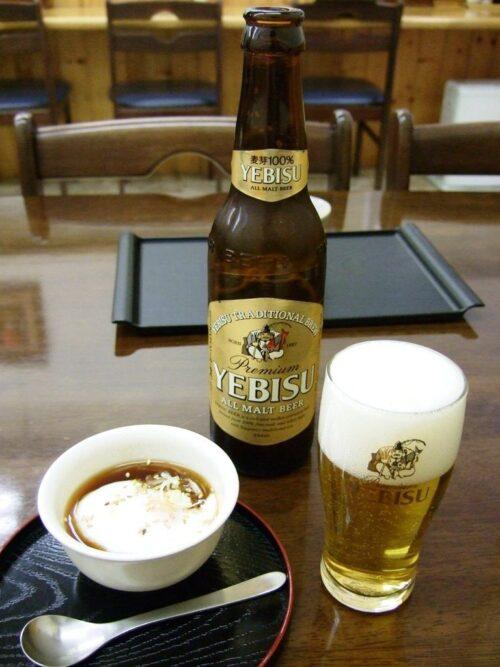 ヱビスビール小瓶+温泉玉子