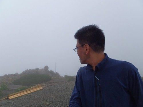 あれっ、間ノ岳が見えなくなってる