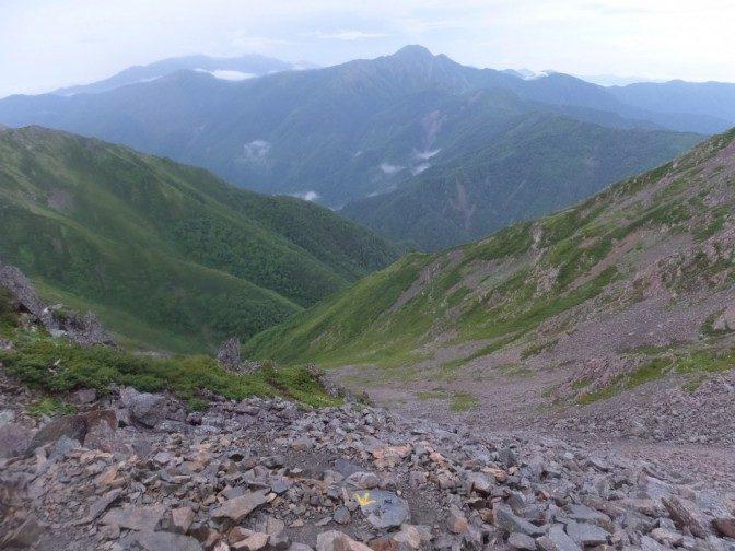 塩見岳とは近くて遠い