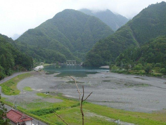 奈良田ダム
