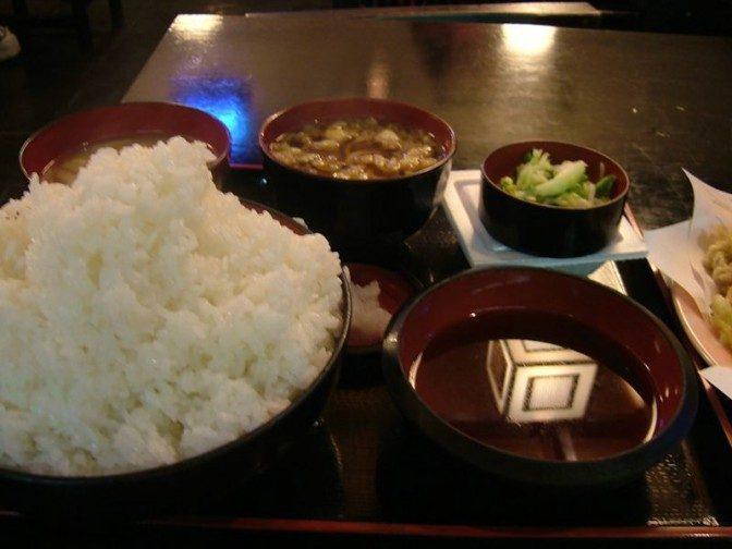 天ぷら定食大盛のご飯はすごい