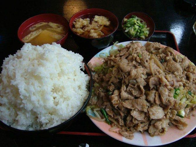 肉野菜炒め定食大盛