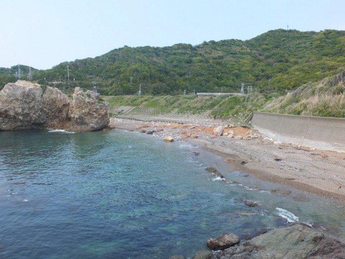 アワレみ隊発祥の地、神島