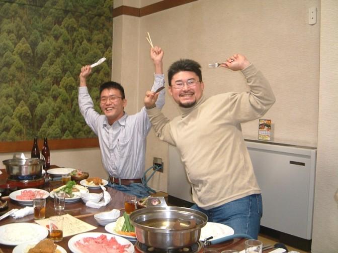 食べる喜びを全身で表す人々