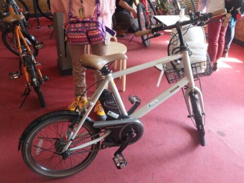 こちらは電動アシスト付き自転車