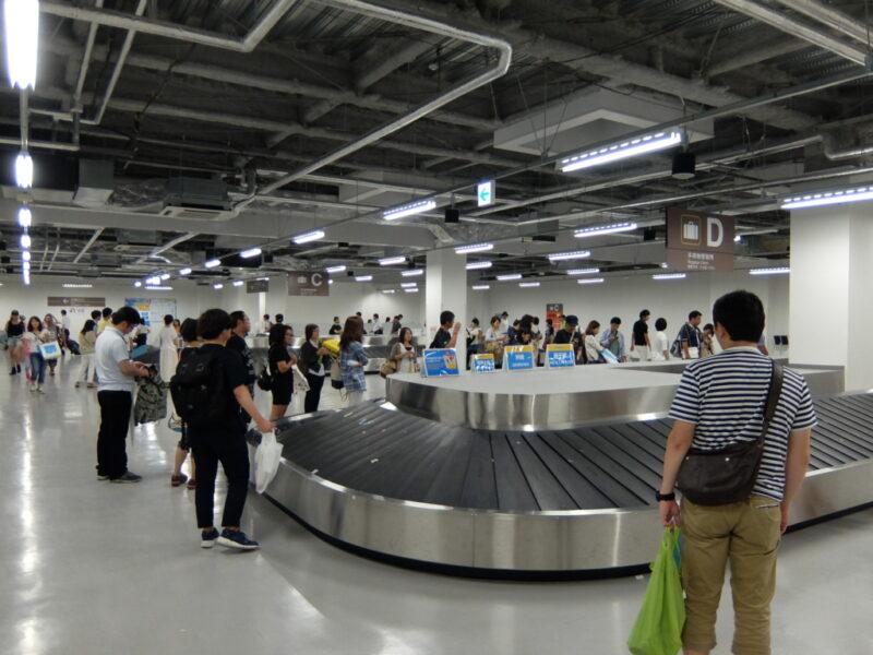 成田空港のターンテーブル