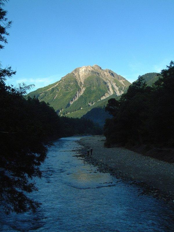 梓川と、焼岳