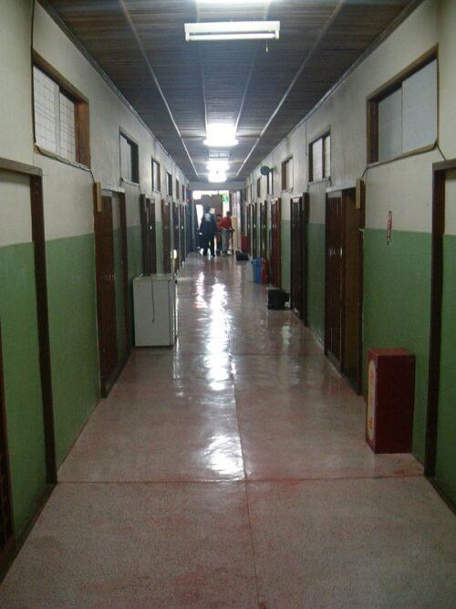 自炊部の廊下