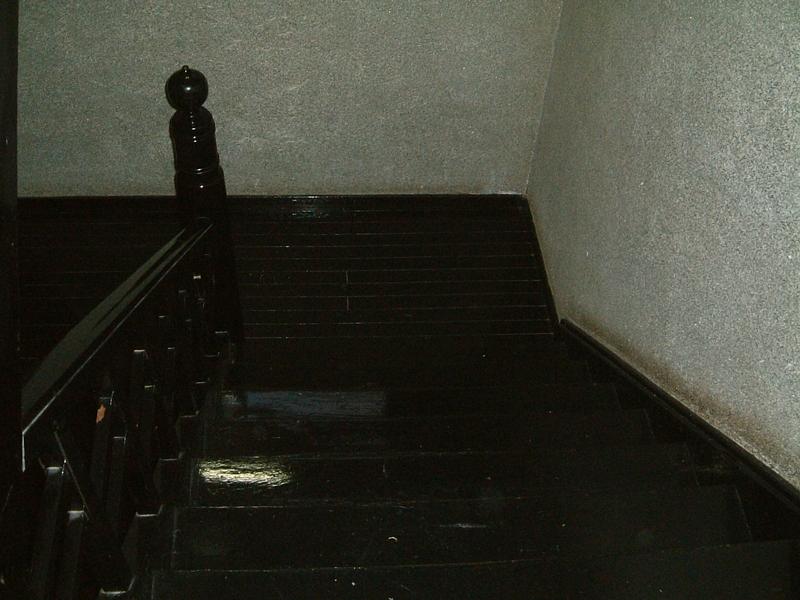旅館部の階段
