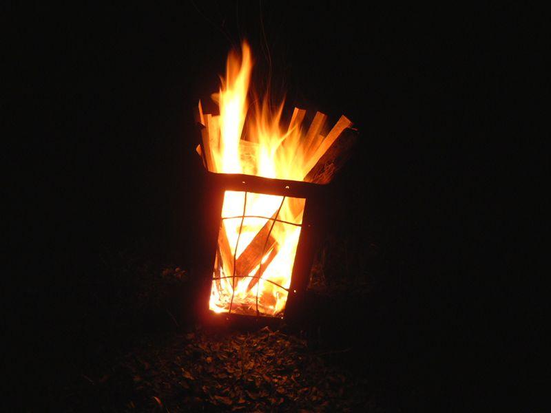 散々苦心してようやく火がついた