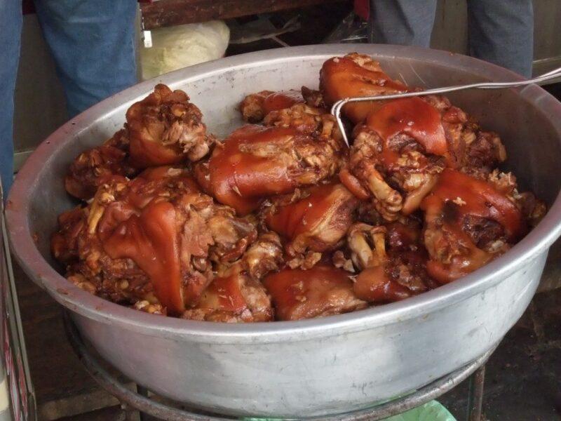台湾客家風の豚足