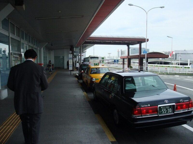 羽田空港国際線ターミナル車寄せ