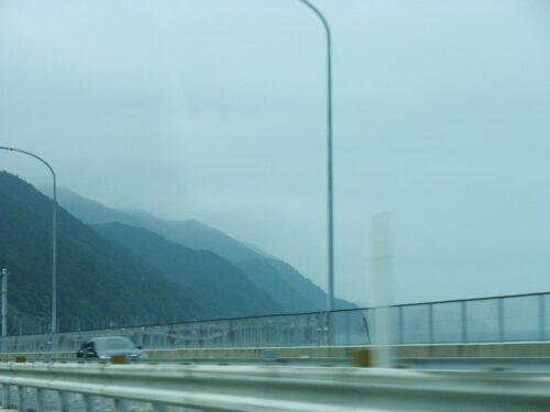 北陸新幹線の高架橋2