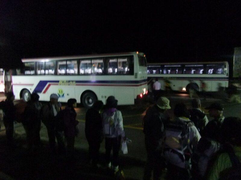 沼山峠行きのバス