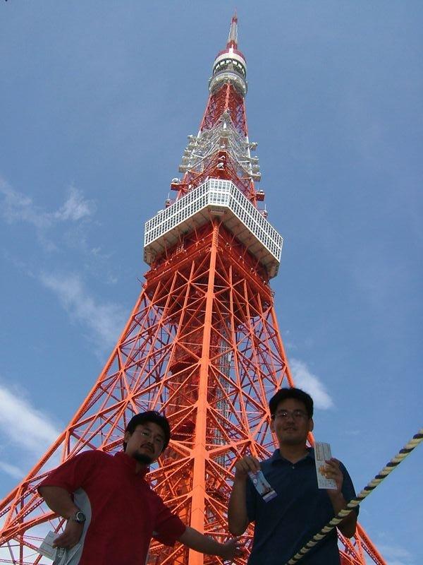 東京タワーと記念撮影