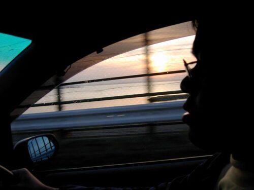 おがわら湖の先に日が沈む