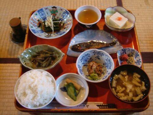 鶴の湯の朝食