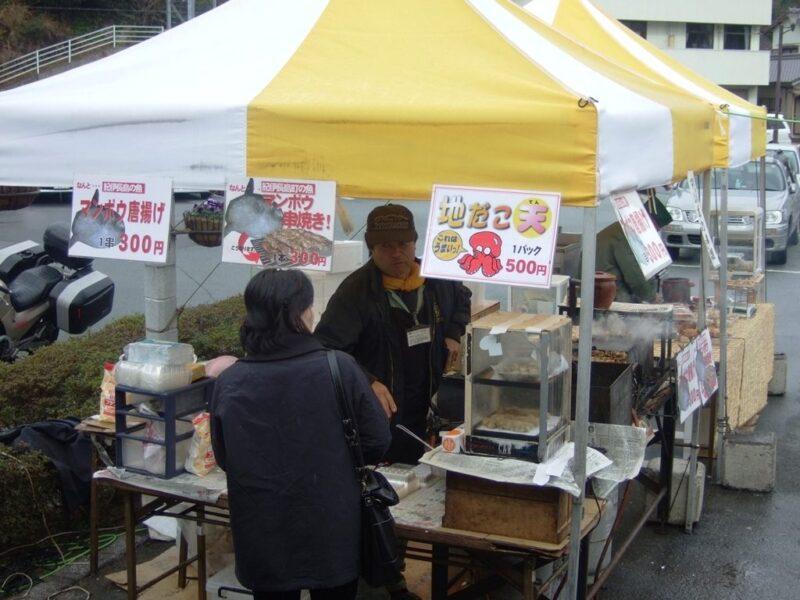 マンボウ串焼き屋台