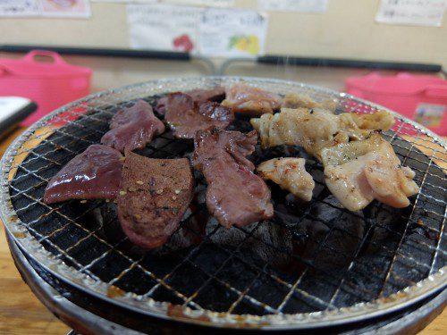 肉を焼きまくる