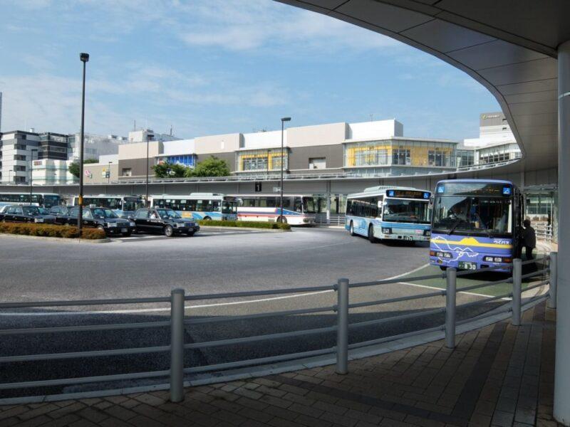 バスターミナル外観