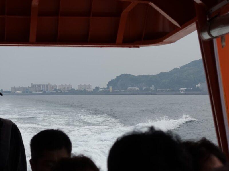 高島を去る