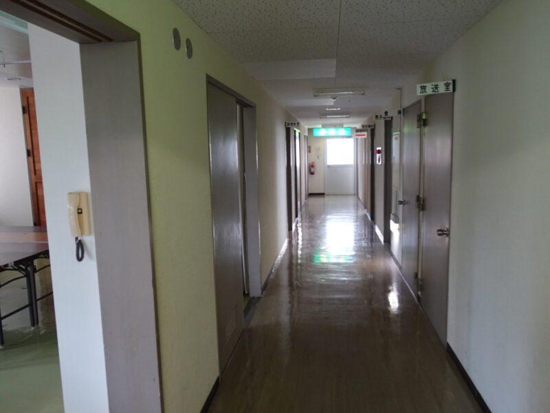 池島中央会館2階