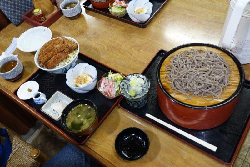 ソースカツ丼と蕎麦(蕎麦ダブル)