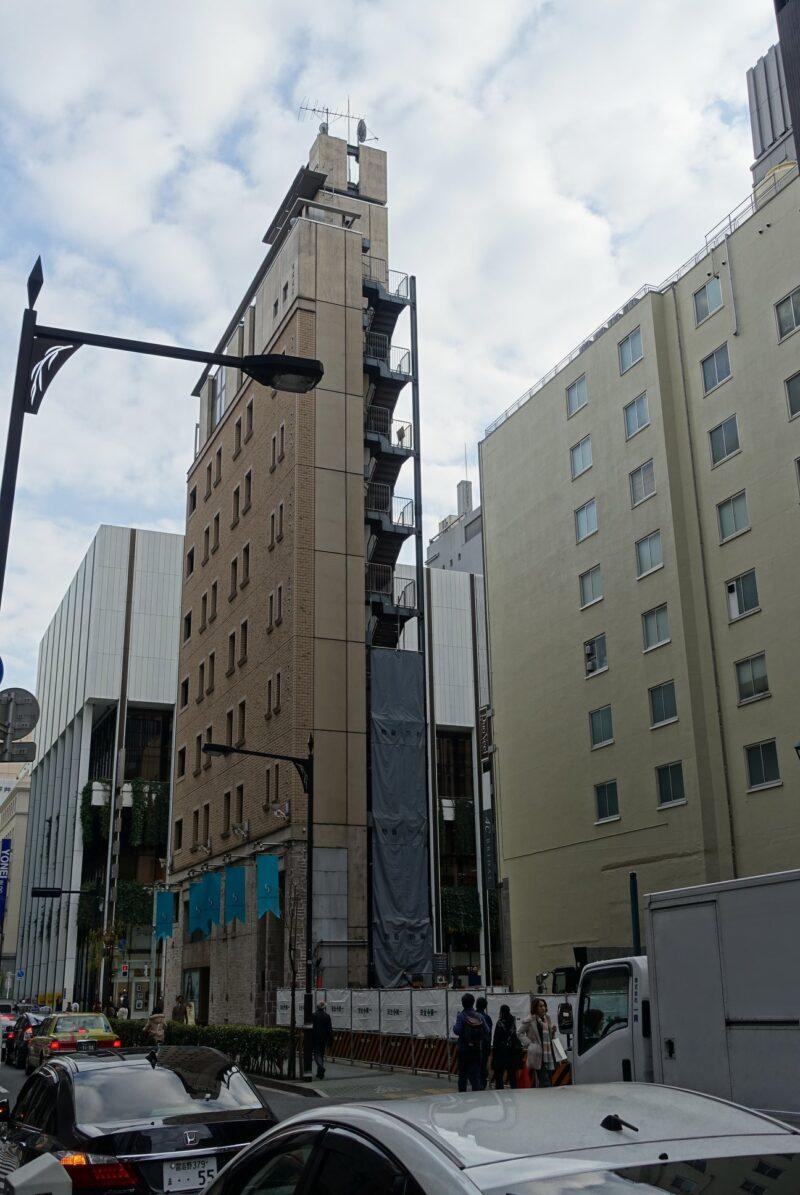 銀座二丁目のビル