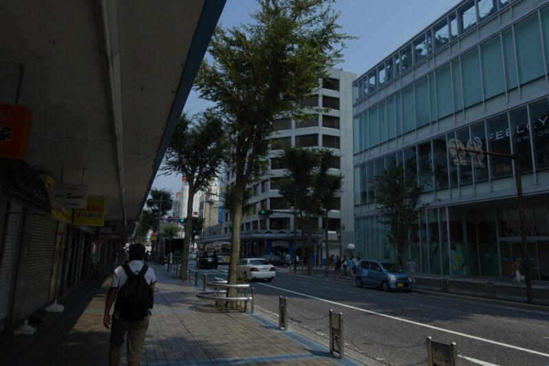 横須賀中央の町並み