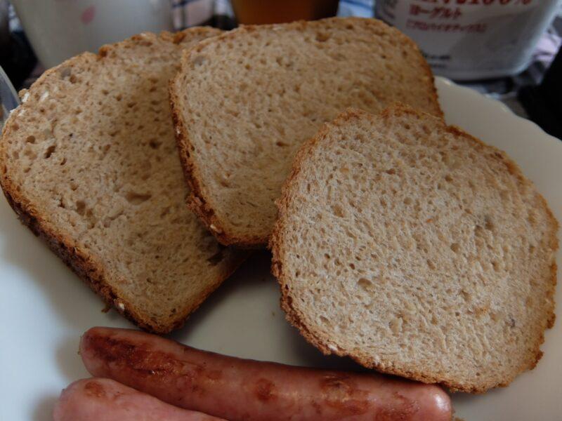 ライ麦ナッツパン