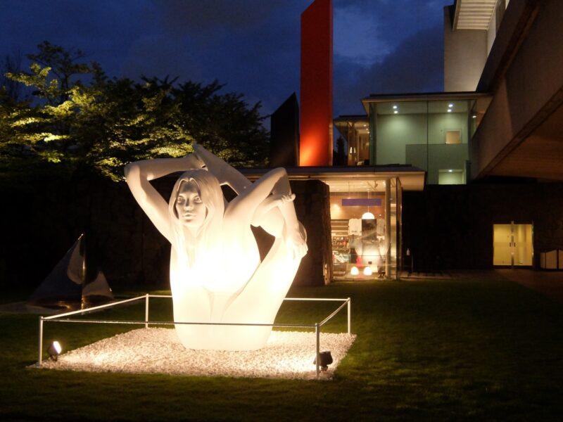現代美術のハードコアはじつは世界の宝である展